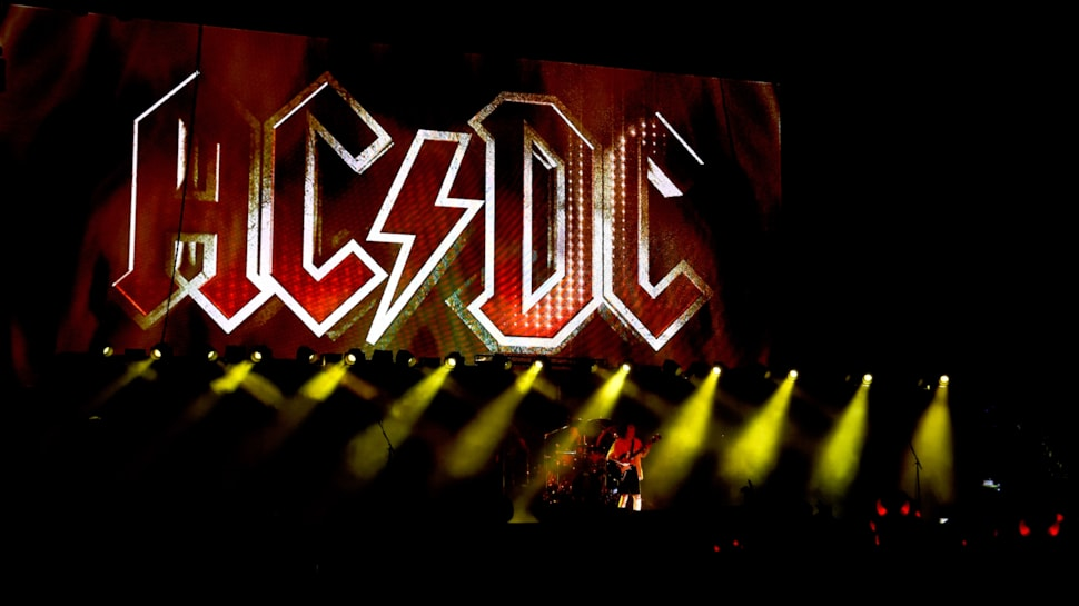 Hear Acdc Use Their Name In The Chord Progression On One Of Their
