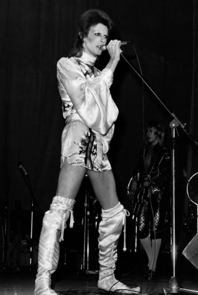 David Bowie in concert at the Hammersmith Odeon, London, during the last performance he made in the guise of his character Ziggy Stardust.   (Photo by Graham Wood/Getty Images)
