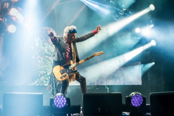 GLASTONBURY, ENGLAND - JUNE 29: Keith Richards of The Rolling Stones perform on the Pyramid Stage during day 3 of the 2013 Glastonbury Festival at Worthy Farm on June 29, 2013 in Glastonbury, England. (Photo by Ian Gavan/Getty Images)