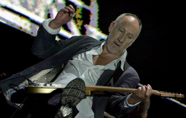 GLASTONBURY, UNITED KINGDOM - JUNE 24: Pete Townshend of The Who performs on the Pyramid Stage at Worthy Farm, Pilton near Glastonbury, on June 24 2007 in Somerset, England.  (Photo by Matt Cardy/Getty Images)
