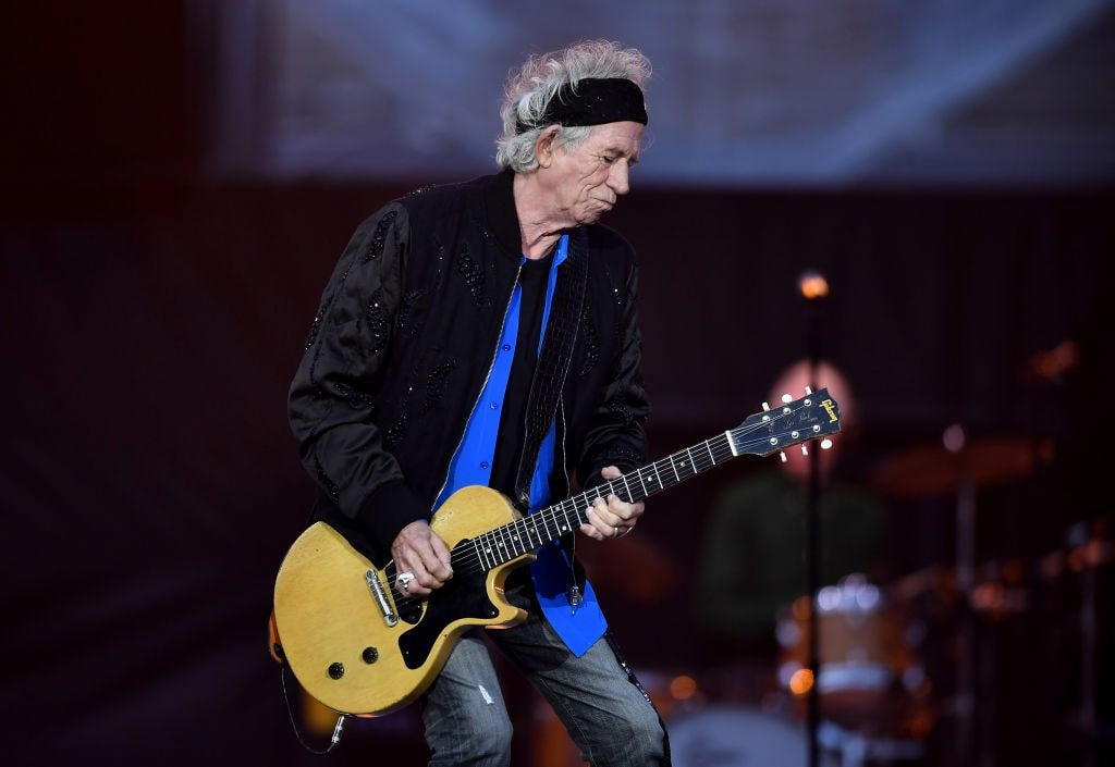 Hard-partying Keith Richards says he's virtually quit drinking