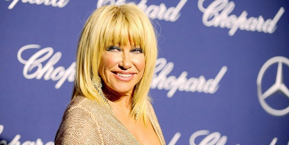 Suzanne Somers Posts Nude Photo, Gets Praise and Judgment
